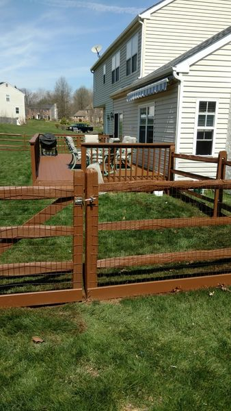 Before & After Fence and Deck Staining in Wilmington, DE (3)