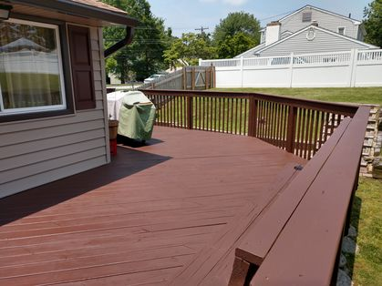 Before & After Deck Painting in Aston, PA (4)